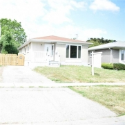 Real Estate Listing  916 Modlin Rd Pickering